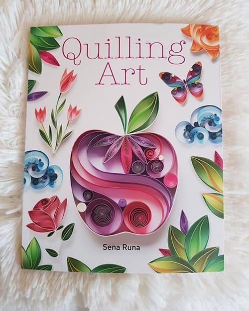 livre de sena runa sur le quilling
