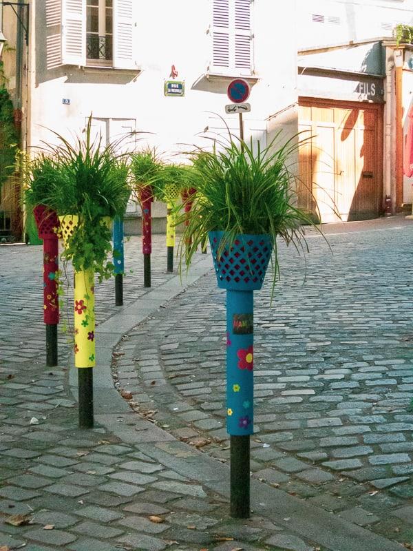 Poteaux parisiens fleuris