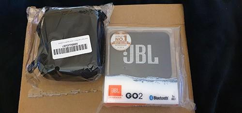 unboxing de l'enceinte JBL GO 2