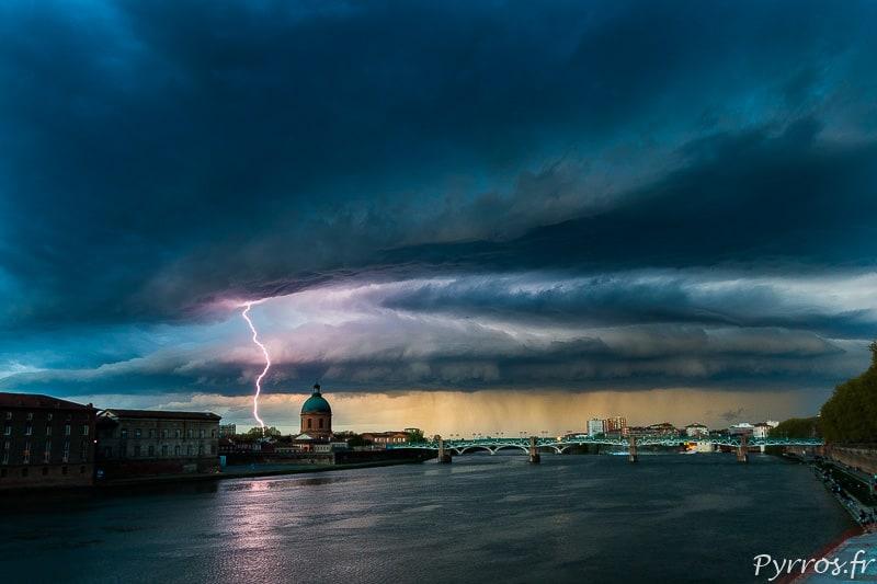 photographe toulousain,pyrros.fr,chasseur d'orage,chasseur d'orage toulouse